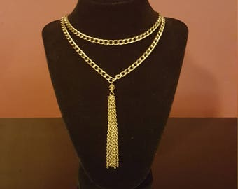 Gold Tassel and Chain Necklace
