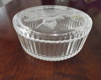 French glass round jewellery box Cristal D'Arque