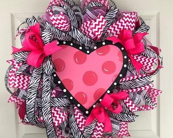 Valentine's Wreath for Front Door, Heart Wreath, Valentine's Day Wreath Deco Mesh, Valentine's Wreath Pink, Outdoor Wreath, Porch Decor