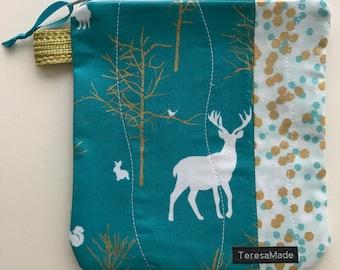 Small Teal Blue Deer Zip Pouch