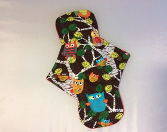 "10.25""  Happy Owls  on  cotton   Top reusable cloth pad (regular )"