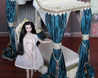 Ooak Victorian Miniature Canopy Bed for OOAK Blythe - Custom Blythe doll Size - 12  & Victorian bed   Etsy
