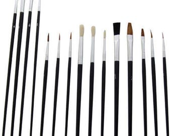 Set of 15 flat and round brushes for painting new