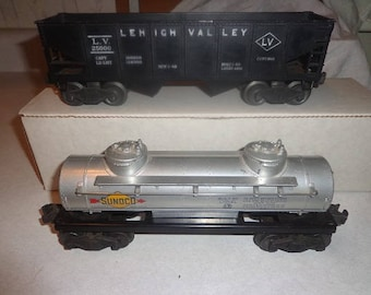 Lionel electric trains 2 rail cars for 027 or O gauge ,Lehigh Valley coal hopper & Sunoco Oil tank car