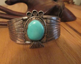 Vintage Native American turquoise silver cuff bracelet Old Navajo