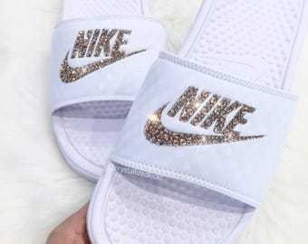 Nike Benassi Slides Made with SWAROVSKI® Crystals - White/Rose Gold
