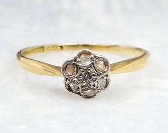 Antique / Edwardian 18ct Yellow Gold Dainty Diamond Daisy Flower Ring / Size L