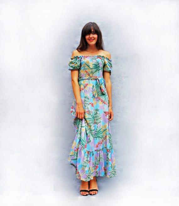 10% OFF coupon on Boho Maxi Dress, Vintage Maxi Dress, 70s Floral ...