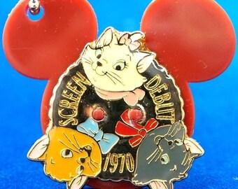 Disney ARISTOCATS KeyChain Vintage Key Ring Fob Kittens Bag Charm 70s Walt Disney Cat Movie 80s Tokyo Disneyland Souvenir Japan Kawaii Gift