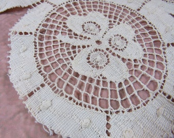 Vintage Crochet Lace Doily Three Leaf Clover Design Irish Table Linens Furniture Protector