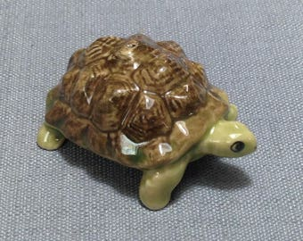 Miniature Ceramic Exotic Old Turtle Mini Animal Cute Little Tiny Small Brown Green Figurine Statue Decoration Collectible Hand Painted Deco