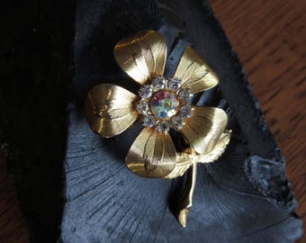 Vintage Gold Rhinestone Flower Brooch with Hidden Cross Charm, Clear Rhinestones, Floral Brooch Jewelry, Daisy, Pansy, Christian Womens Gift