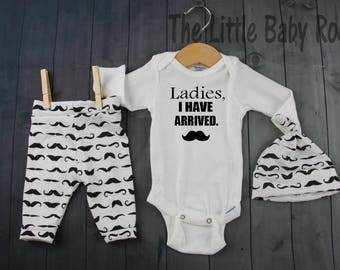 Baby Boy Coming Home Outfit,Ladies I have arrived,Mustache,Personalize Onesies,Baby Shower Boy Gift,Black White Leggings,Baby Hat,Newborn Go