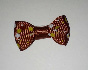 X 1 white/yellow polka-dot Brown bow