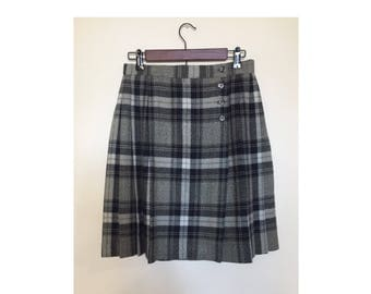 Gray Plaid Pleated Skirt