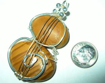 Strings wire wrapped double cabochon pendant