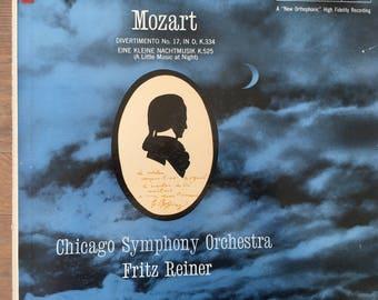 Mozart - Divertimento No 17 InD K 334 Eine Kleine Nachtmusik - Chicago Symphony - vinyl record