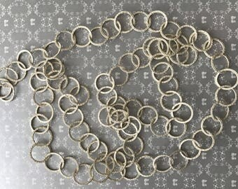 95cm silver toned chain matte white 15mm ring