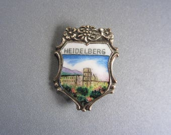 Vintage Small Enamel Shield Heidelberg Souvenir Pin