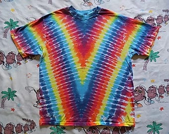 Vintage 90's Rainbow Tie Dyed T shirt, size Large 1992 super colorful