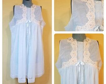 Vintage 1950s 60s Powder Sheer Blue Ivory Lace Nylon Nightgown Gossard Artemis Large