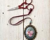 Vintage style scissor fob, scissor keeper, flower scissor fob, painted rose fob, cross stitch gift, crochet accessories, knitting accessory