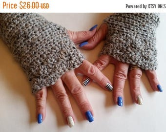 ON SALE Wrist Warmers - Finglerless Gloves, Fingerless Wrist Warmers, Arm Warmers, Texting Gloves Crochet, Fingerless Mittens, Ladies Gloves