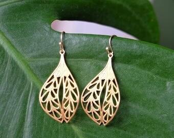 Brass Filigree Leaf Dangle Earrings