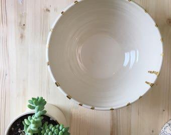 Gold drip bowl - medium