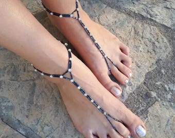 Brillant Black and rhinestone barefoot sandals.yoga anklet..wedding barefoot sandals..beaded barefoot sandals.bridesmaid gift..bride