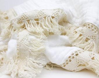 Boho Heirloom Throw Blanket / BoHo Twin Bed Blanket / Cream Fringe Blanket / Twin Bed Blanket / Toddler Blanket / Bohemian Throw Blanket