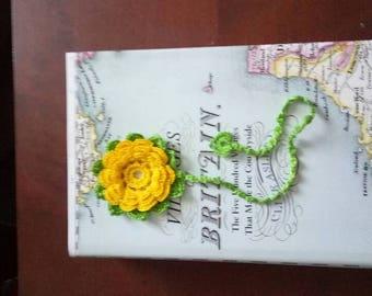 Handmade Bookmark / Crochet Bookmark / Flower Bookmark / Reading Assessories