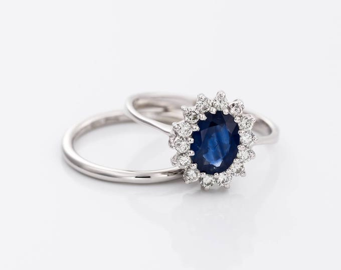 Wedding set with Sapphire-Blue Sapphire-1ct Sapphire-Engagement Ring-wedding band set-wedding ring set-promise ring-multistone ring-wedding