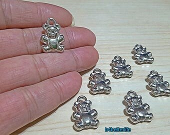 """Lot of 28pcs Double Sided """"Teddy Bear"""" Silver Color Plated PVC Charms. #XL525."""