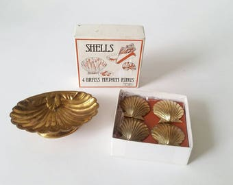 Brass Shell Set of Napkin Rings and Soap/Trinket Dish