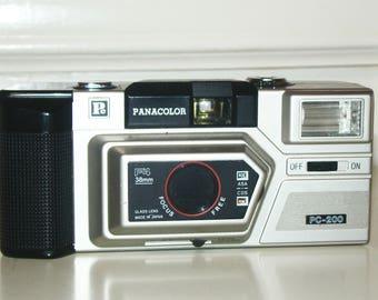 Vintage Panacolor PC-200 PC200 F4 38mm PC Camera