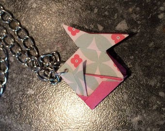 FISH PENDANT PINK, GREEN WATER AND WHITE ORIGAMI