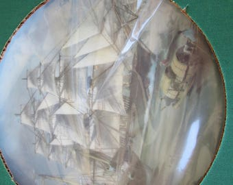 The Great Clipper Ships Collector Plates  LJ Pearce NIB with Certificate and Hanger The Red Jacket