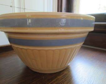 Vintage Stoneware Bowl/ Yellow Ware Blue Striped / Farmhouse Bowl/ Farmhouse Kitchen/ Stoneware Mixing Bowl/ Antique Bowl/  Collectible
