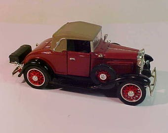1931 Chevrolet Sports Cabriolet  Red Diecast  China w/o Box Nice