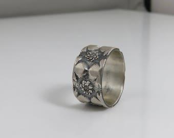 Vintage Sterling Wide Wedding Band Ring.