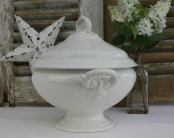 White Ironstone / Ironstone / Soup Tureen / Ironstone Tureen / Vintage Tureen / White / Shabby Chic / Vintage Ironstone / Home Decor