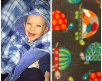 Car seat poncho, toddler poncho, turtle poncho, fleece poncho, girl poncho, boy poncho, baby poncho, carseat poncho