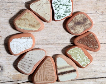 Sea Pottery / 10 pieces / Italian Genuine Patterned Brown Beige Green Sea Tiles for Collection, Jewelry and Mosaic (sp-0010-25)