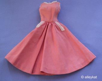 "Vintage Barbie Barbie-Q Dress with ""R"" Tag, VGC"