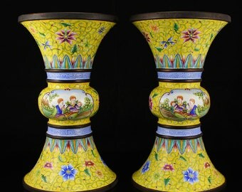 N4114 A Pair Superb Chinese Qing Dynasty Red Copper Enamel Vases W Yong Zheng Mark