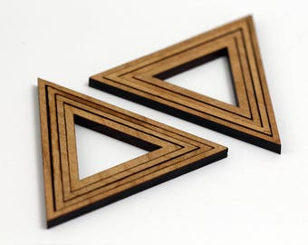 8 Concentric Equilateral Triangle Wood Beads : Cherry Plywood