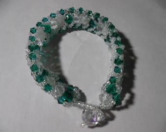 "8"" Emerald Green and White Caterpillar Bracelet"