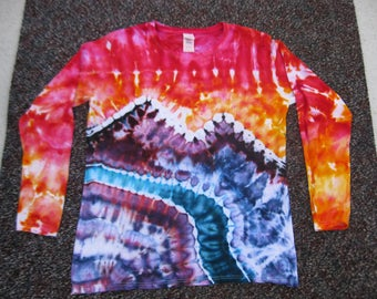 women's tie dye shirt, large, earth day, nature, camping