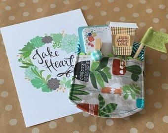 Cacti Gift for Coffee Lover. micro-mitt. Neutral cactus micro-mitt. Summer micro-mitt. kitchen decor. Gift Under 20. Summer decor.